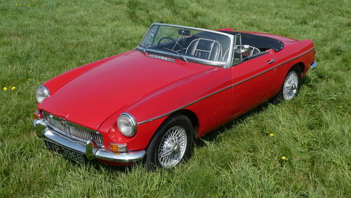 1964 MG B Roadster For Sale SOLD (picture 1 of 6)