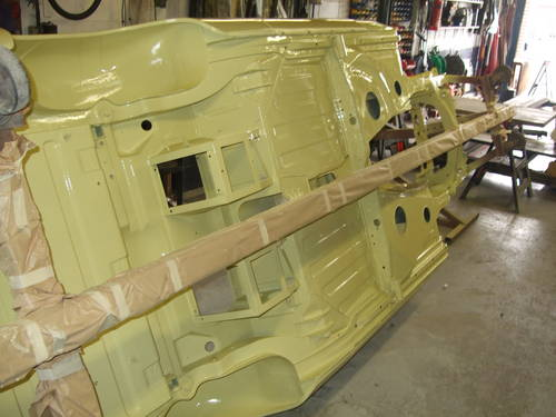 1969 Full nut and bolt restoration MGC Roadster  (picture 3 of 6)