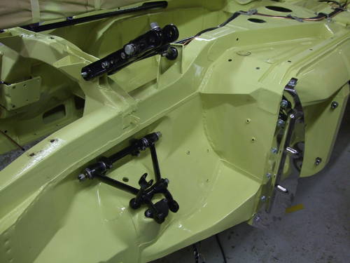 1969 Full nut and bolt restoration MGC Roadster  (picture 4 of 6)