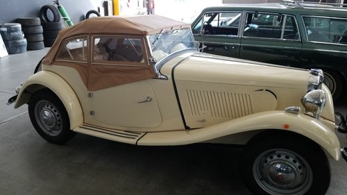 MG-TD with engine TR Vitesse 1953 For Sale (picture 6 of 6)