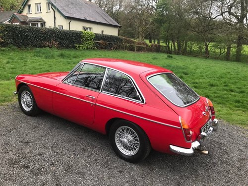 1968 MG BGT COUPE TARTAN RED 1 OWNER SIMPLY STUNNING!!!! SOLD (picture 3 of 6)