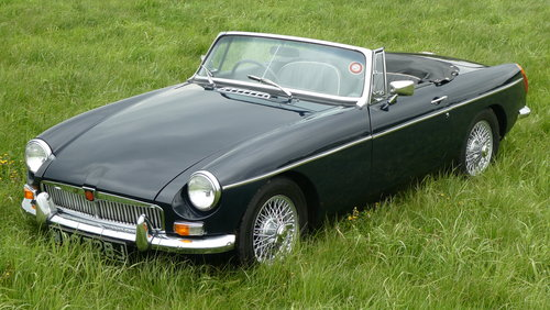 1971 MG B Roadster, last owner 23 years! For Sale SOLD (picture 2 of 6)