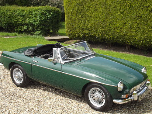 1965 MG B Roadster SOLD (picture 3 of 6)