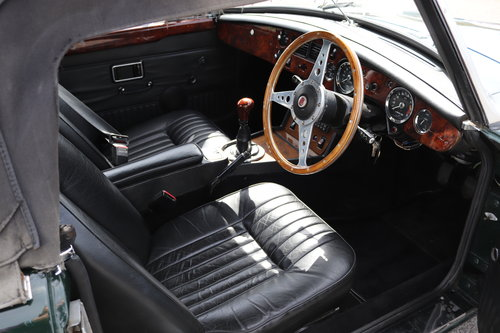 1971 MGB V8 Roadster ,HERITAGE SHELL, 3.9 litre SOLD (picture 2 of 6)