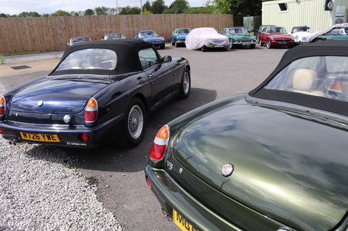 1994 MG RV8 in rare Oxford Blue SOLD (picture 5 of 5)