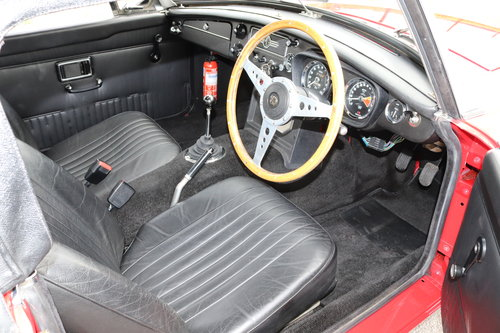 1970 MGB Roadster, Heritage Shell. Only 4800 miles SOLD (picture 5 of 6)