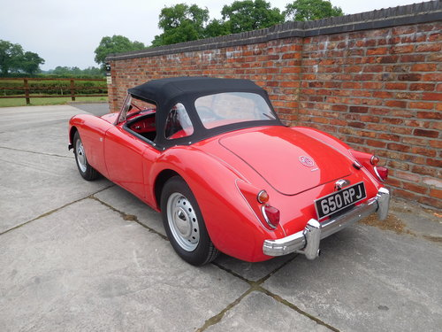 1960 MGA 1600 MK1 Roadster SOLD (picture 4 of 6)