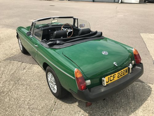 1981 MGB Roadster Rubber Bumper with HARD TOP For Sale (picture 2 of 6)