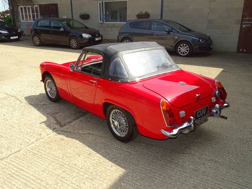 1969 MG Midget,pretty car,structurally sound,MOT 5/19,DIY project SOLD (picture 3 of 6)