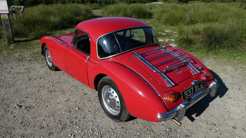 1962 MGA MK 2 Coupe For Sale (picture 2 of 6)