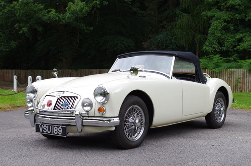 1960 MGA Roadster OEW original RHD stunning SOLD (picture 1 of 6)