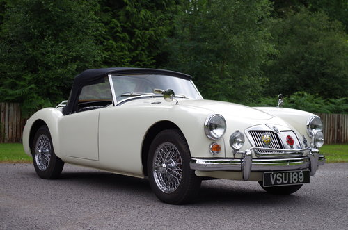 1960 MGA Roadster OEW original RHD stunning SOLD (picture 3 of 6)