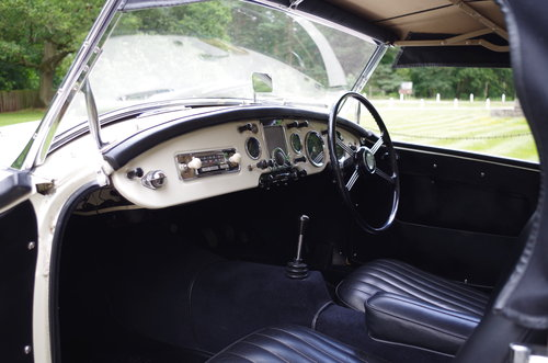 1960 MGA Roadster OEW original RHD stunning SOLD (picture 5 of 6)