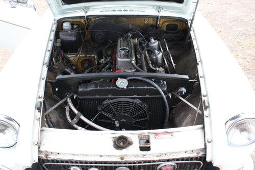 MGB GT.1972 ORIGINAL CHROME BUMPER CAR SOLD (picture 3 of 6)