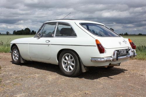 MGB GT.1972 ORIGINAL CHROME BUMPER CAR SOLD (picture 5 of 6)