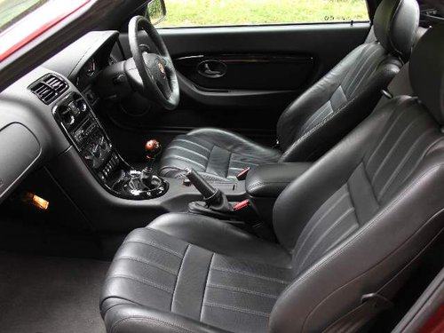 2009 MG TF 135 - Only 15k miles from new, hard top, leather For Sale (picture 5 of 6)