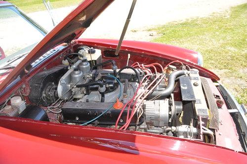 1973 Genuine factory built MGB GT V8 SOLD (picture 6 of 6)