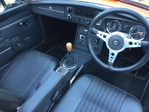 1972 MG B Roadster – £11,995  SOLD (picture 4 of 6)