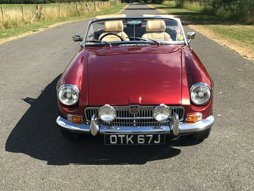 1971 MGB Roadster Manual Overdrive SOLD (picture 2 of 6)