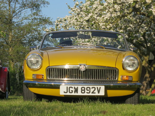 A retro, sunny MGB Roadster  For Hire (picture 1 of 6)