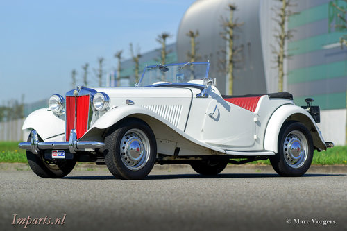 1953 very nice MG TD in white LHD For Sale (picture 1 of 6)