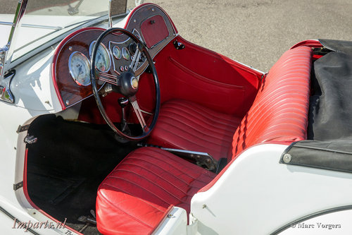 1953 very nice MG TD in white LHD For Sale (picture 2 of 6)
