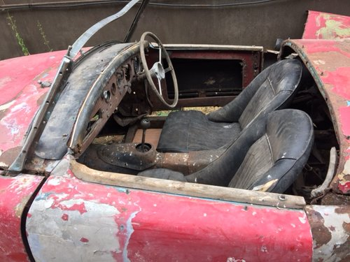 MGA 1956 MK1 1600 CC FOR RESTORATION UK CAR  SOLD (picture 3 of 4)
