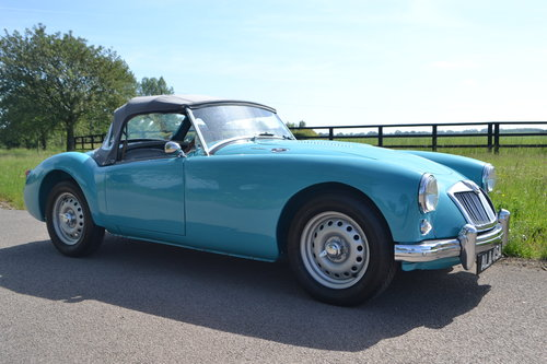1959 MGA Twin Cam restored For Sale (picture 1 of 6)