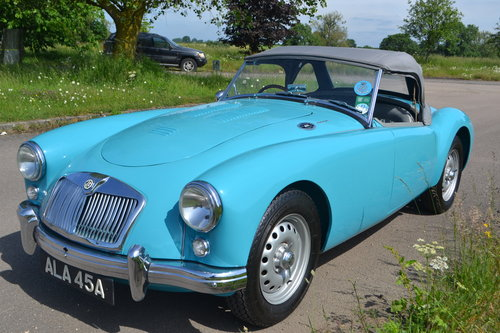 1959 MGA Twin Cam restored For Sale (picture 2 of 6)