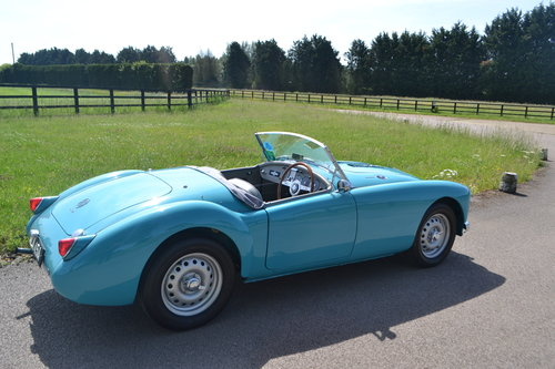 1959 MGA Twin Cam restored For Sale (picture 3 of 6)