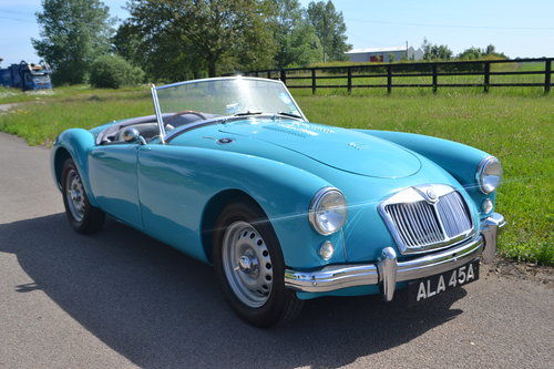 1959 MGA Twin Cam restored For Sale (picture 6 of 6)