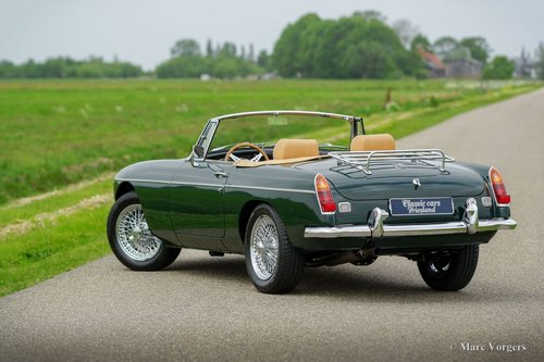 1969 MGB ROADSTER BRITISH RACING GREEN MINT CONDITION For Sale (picture 3 of 6)