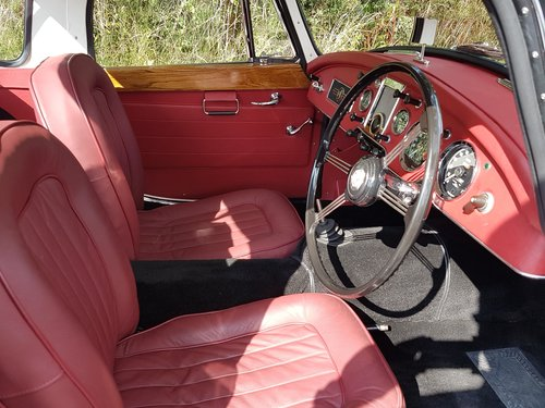 1962 MGA Coupe 1600 - Previously restored. SOLD (picture 5 of 6)