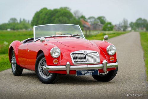 1959 MGA 1600 ROADSTER TOP RESTORED CONDITION SOLD (picture 3 of 6)