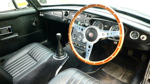 1971 MGB GT SOLD (picture 5 of 6)