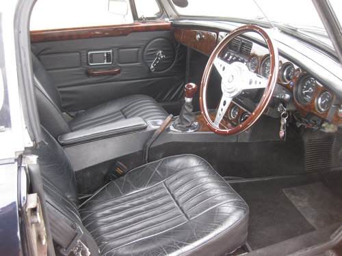 1972 MGB V8 Roadster For Sale (picture 5 of 6)