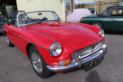 1967 MGB HERITAGE SHELL, Tartan red SOLD (picture 6 of 6)