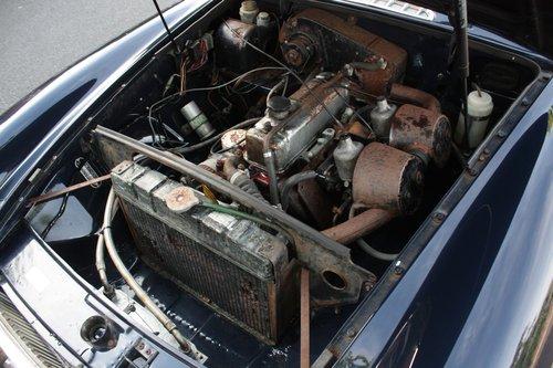 1970 1972 MGB Roadster - Midnight Blue - Older Restoration, MOT'd SOLD (picture 5 of 6)