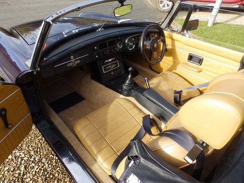 1973 Restored MGB Roadster SOLD (picture 5 of 5)