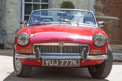 1972 MG B Roadster | Flame Red, Overdrive  SOLD (picture 2 of 6)