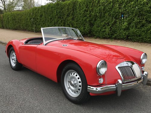 1959 MGA TWIN CAM - STUNNING RESTORED CAR SOLD (picture 1 of 6)
