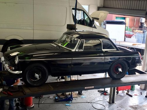 1969 MGB MK2 black owed over 30 years 3 owners rare mk2 For Sale (picture 1 of 6)
