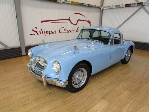 1958 MG A Coupé MK1 1500 For Sale (picture 1 of 6)