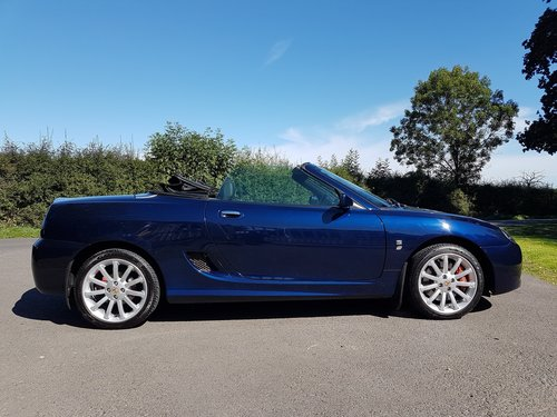 2003 MG TF 160 Low mileage, Pristine Royal Blue SOLD (picture 2 of 6)