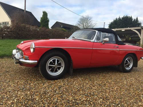 1974 CLASSIC MGB TOURER  For Hire (picture 2 of 6)