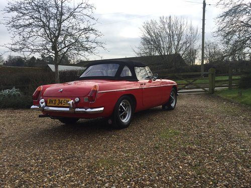 1974 CLASSIC MGB TOURER  For Hire (picture 3 of 6)