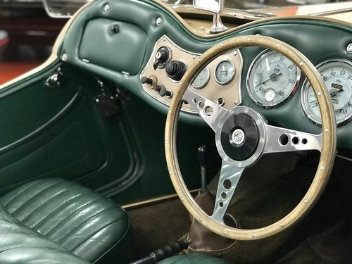 1953 MG TD - NOW SOLD SIMILAR CLASSICS REQUIRED For Sale (picture 4 of 6)