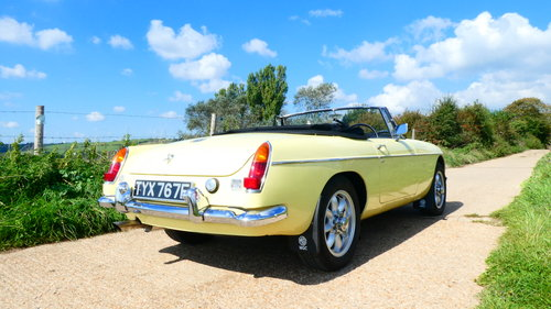 1968 MGC Roadster With Automatic Transmission  SOLD (picture 2 of 6)