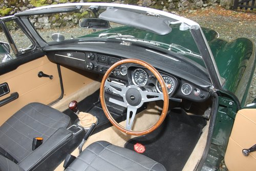 1973 MGB Roadster 3.0 Manual with Overdrive  SOLD (picture 3 of 6)