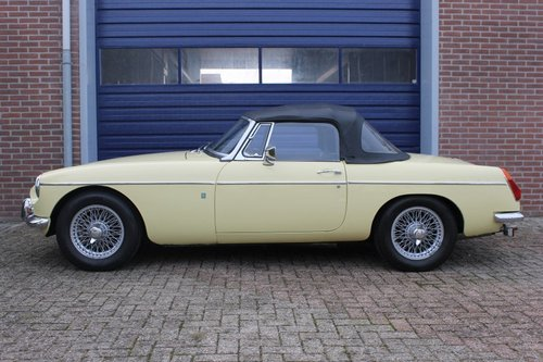 1970 Beatiful condition MGB Roadster - overdrive - RHD For Sale (picture 2 of 6)